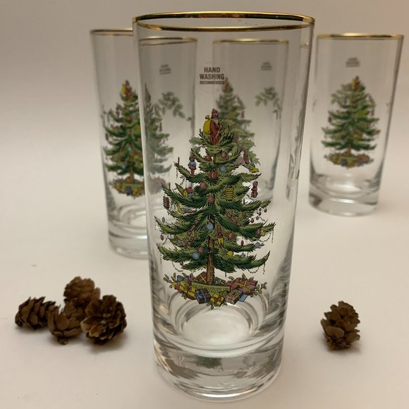 ❌SOLD❌ Spode Christmas Tree Set of 4 Tumblers